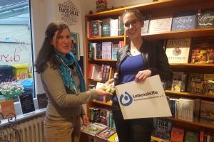 Spendenübergabe Buchhandlung am Ahrtor
