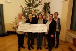 Spendenübergabe KFD Frauen